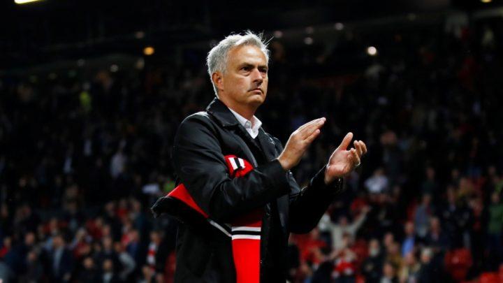 Манчестер Юнайтед отправил Моуринью в отставку!
