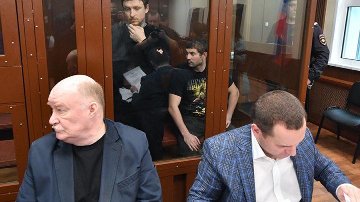 Кокорину и Мамаеву продлили арест