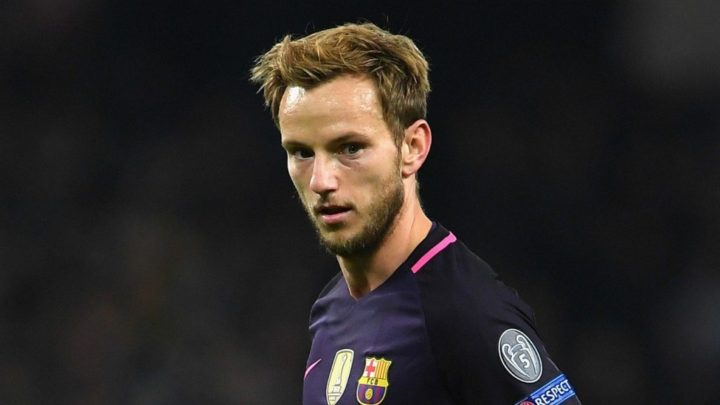 «Барселона» отказалась продлевать контракт с Ракитичем