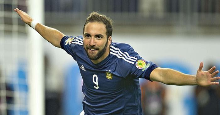 Игуаин объявил об уходе из сборной Аргентины