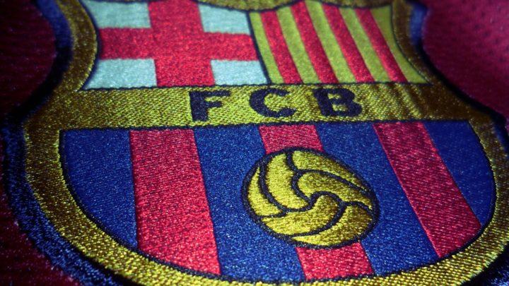 «Барселона» рассматривает трёх вратарей в качестве возможной замены Силлессену