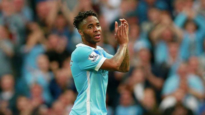 Стерлинг лучший молодой игрок года в Англии